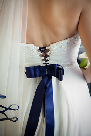 ABITO DA SPOSA CON FIOCCO BLU – WEDDING DRESS – FOTOGRAFIA